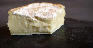 delicious Britain tunworth paste, cheeseboard