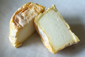 Langres cut, cheeseboard