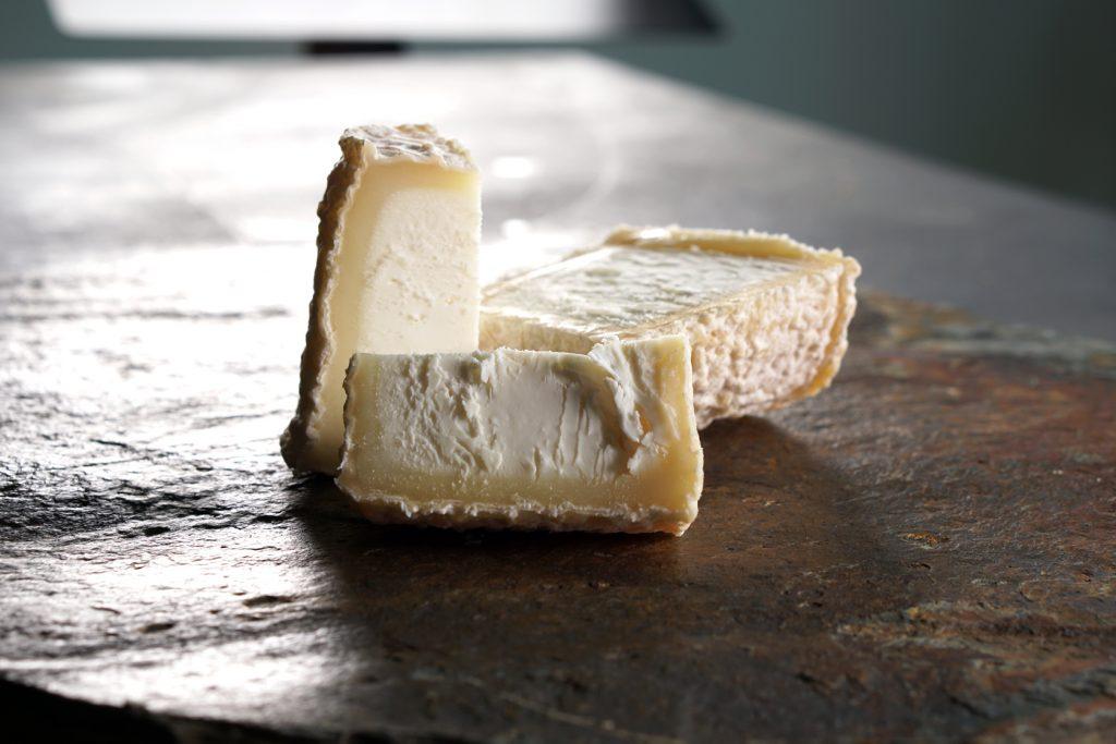 formaggiastic chabichou cut