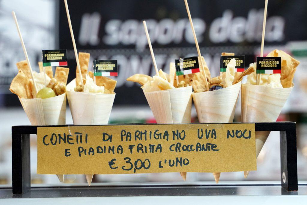 Cornetti Parmigiano